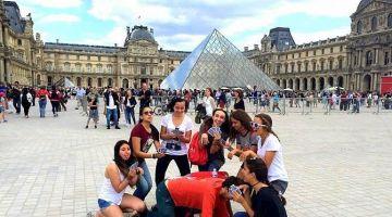 Френски в Париж